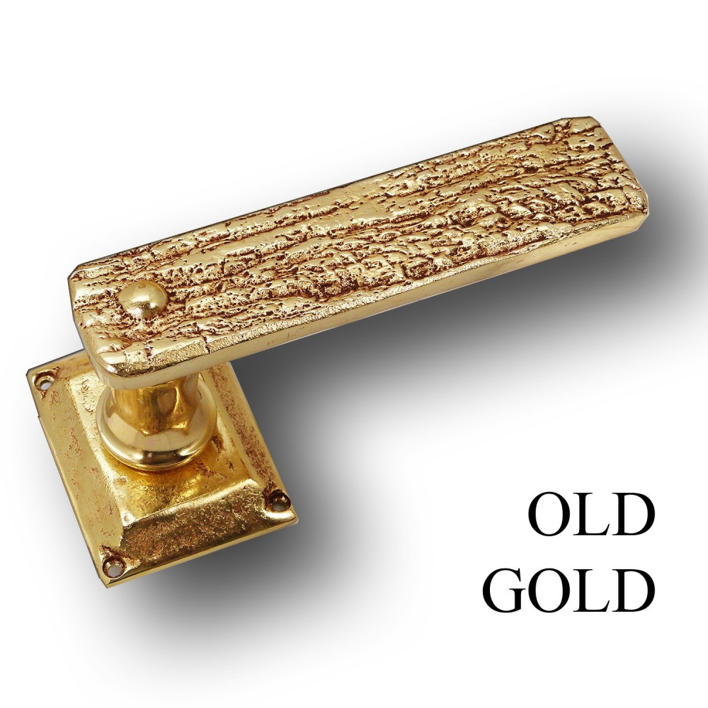 BURNWOOD STYLE, DOOR HANDLE ON SPRING ROSACE